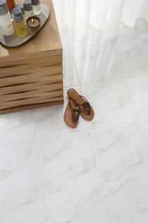 Image for Dorchester Calacatta 333mm x 333mm Floor Tile 9 Per Pack - BCT17394