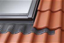 Image for VELUX EDW UK04 2000 Tile Flashing With Insulaltion 134x98cm