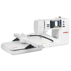 Bernina-700E-B700E-Embroidery-Machine3