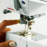 bernina-330-b330-sewing-machine-04