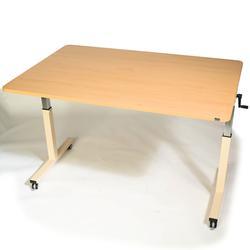 Horn HILO Table