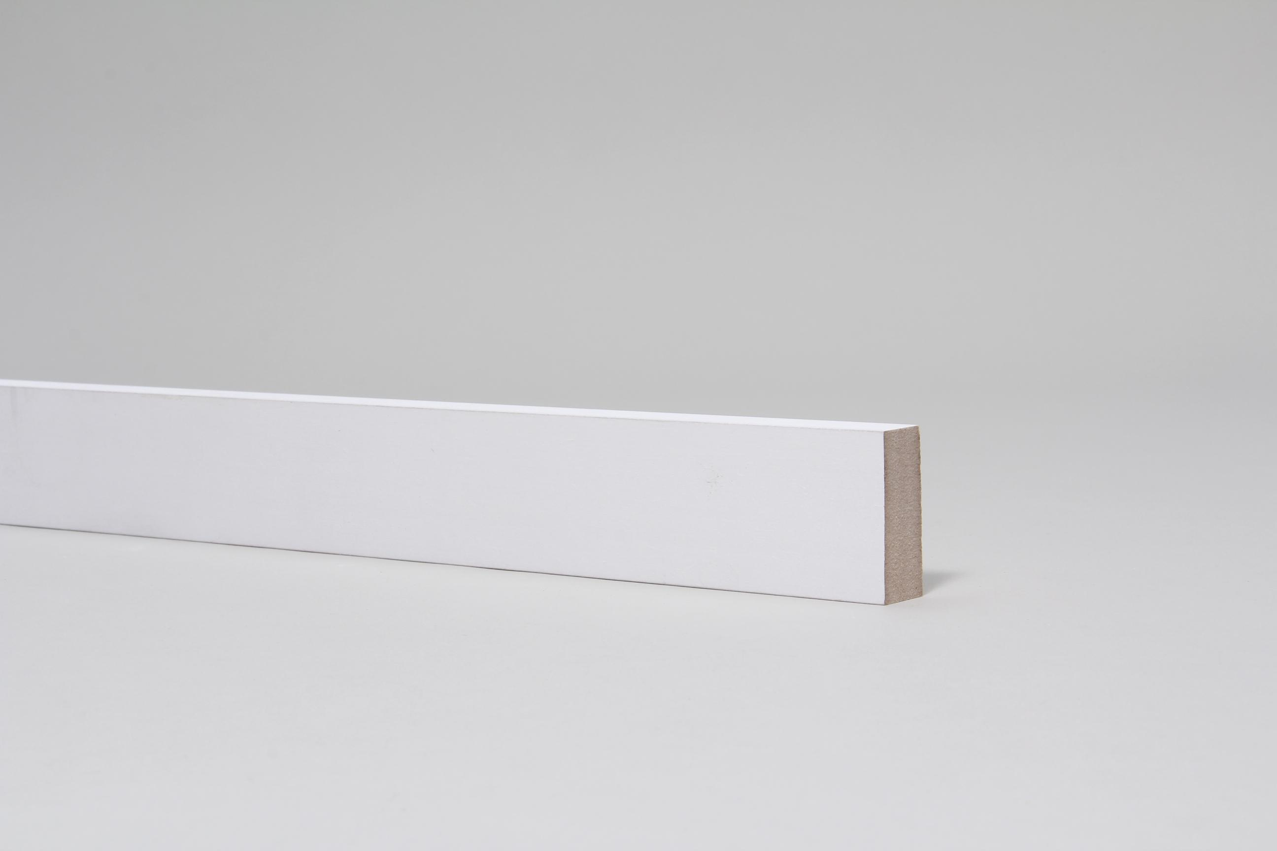Plain Square Edge 18mm x 44mm Architrave Set Primed