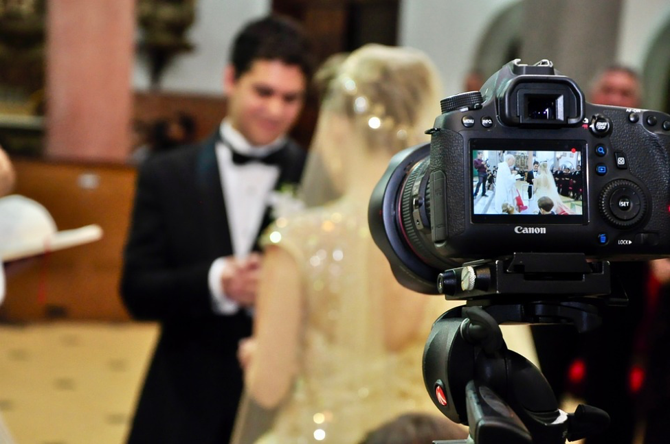 Guest Post: How to Take Your Wedding Photos to the Next Level by Sofia Lockett