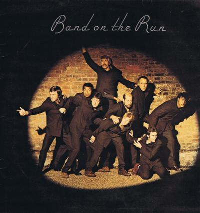 Band On The Run/ 1973 Uk Press With Poster