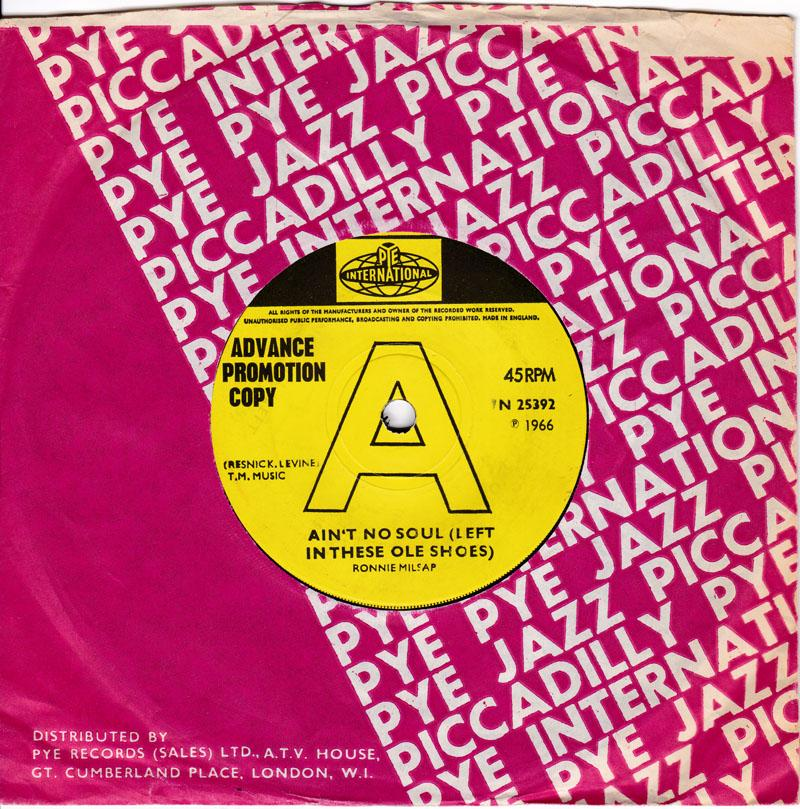 Ronnie Milsap - Ain't No Soul ( Left In These Ole Shoes ) / Another Branch From The Old Tree - Pye International 7N 25392 DJ