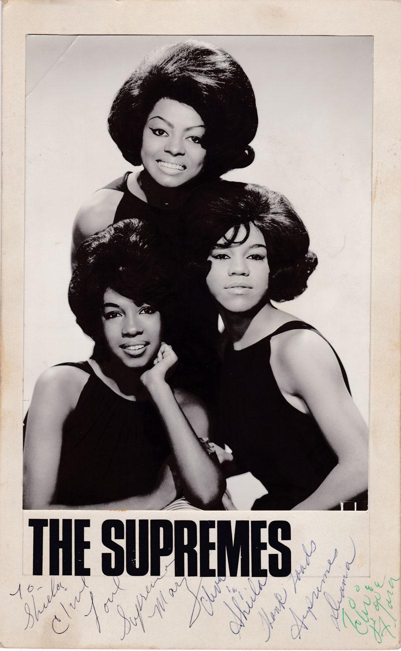 Supremes - Fully autographed 7
