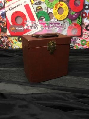Image for Brown Pressed Card Vintage 45 Count Case/ Bakelite Handle, Brass Effect
