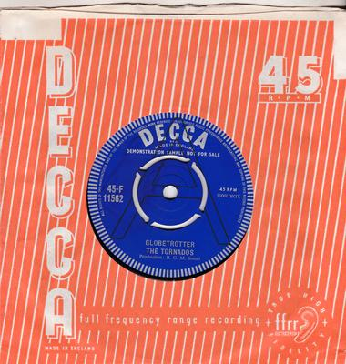 Tornados - Globetrotter / Locomotion With You - Decca 45-F 114562