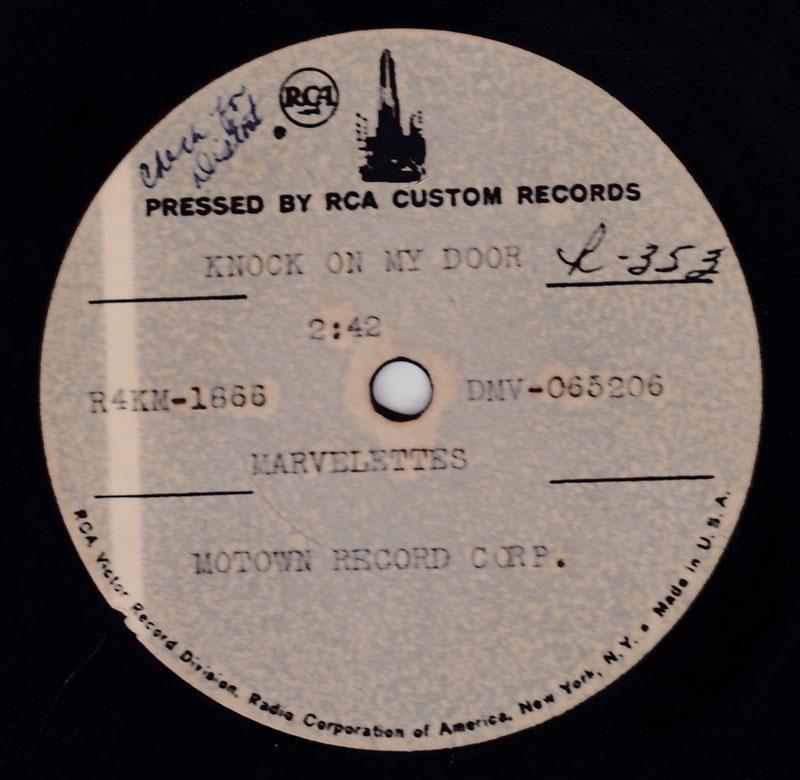 Marvelettes - Knock On The Door / blank: - RCA custom 10