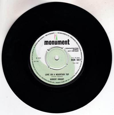 Robert Knight - Love On a Mountain Top / Power Of Love - Monument MON 1017 DJ
