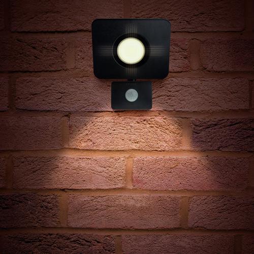 Integral Compact-Tough LED Floodlight IP64 30W (130W) 4000K (Cool White) Gen II Non-Dimmable Lamp + PIR Sensor - Black