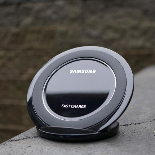 Samsung Qi 9W Wireless Quick Charging Stand Black - FFP