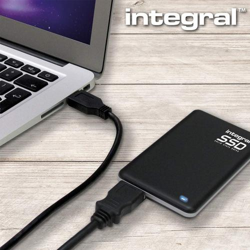 Integral 960GB USB 3.0 Portable SSD Drive - 400MB/s