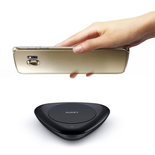 Aukey 10 Watt Qi Universal Wireless Fast Charger