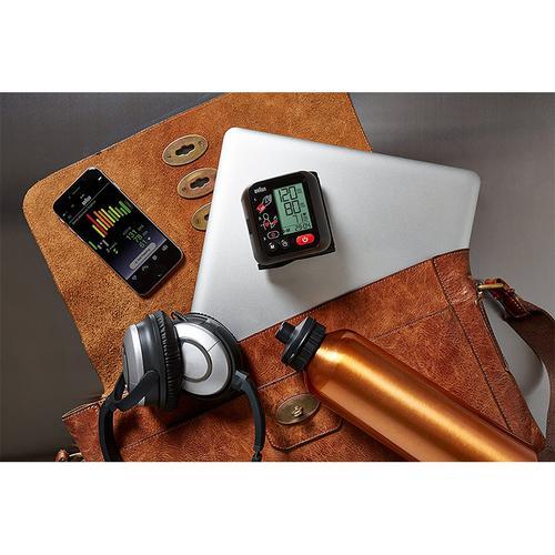Braun VitalScan 3 Automatic Wrist Blood Pressure Monitor