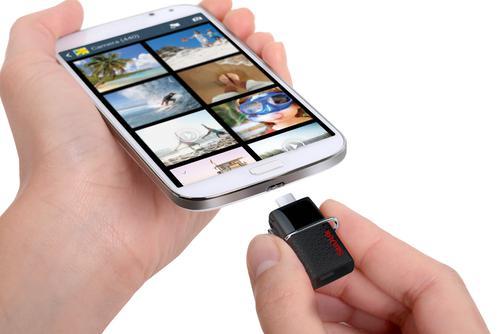 SanDisk 128GB Ultra Dual USB 3.0 Flash Drive - 150MB/s