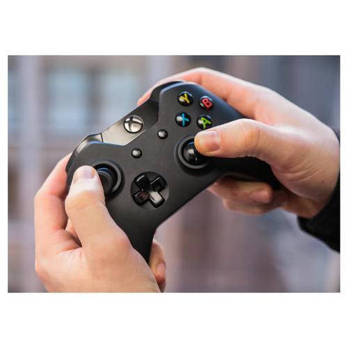 Bundle: Xbox One Wireless Controller with Wireless USB Adaptor